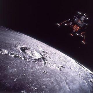 Moon-landing-hoax-1