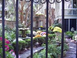 Eliza_courtyard
